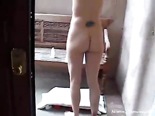 Lesbian cutie stuffs pussy of her girlfriend by large strapon
